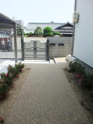 2台用シャッター付き車庫 岸和田市 S様邸3