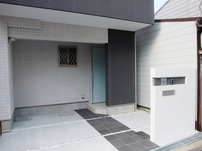 オシャレな門柱のオープン外構 大阪市東住吉区 U様邸1