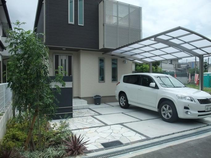 建物に合せたナチュラルモダンなオープン外構 池田市 S様邸2