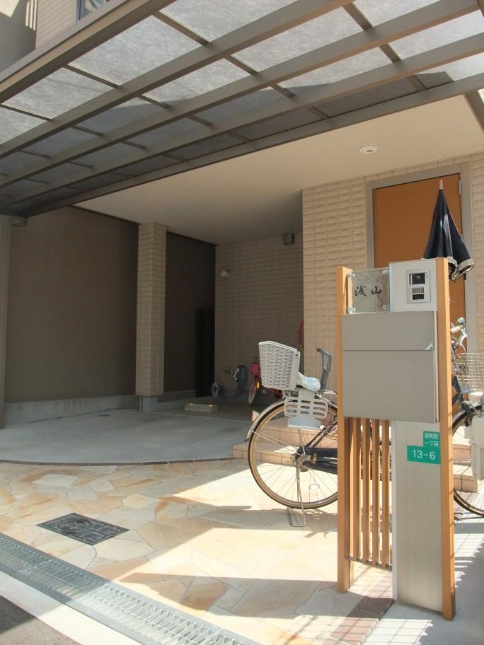 乱形石を使った上品でオシャレなオープン外構 大阪市阿倍野区 A様邸2