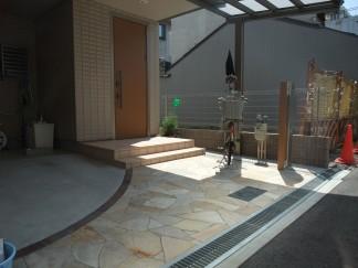乱形石を使った上品でオシャレなオープン外構 大阪市阿倍野区 A様邸3