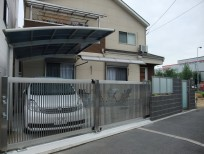 LIXIL(TOEX)ステンシャイン引戸を使ったリフォーム外構 堺市北区 N様邸