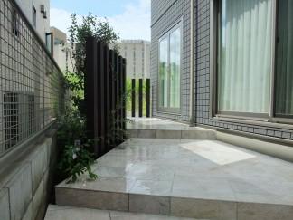 ガーデン・車庫スペースのリフォーム外構 箕面市 N様邸4