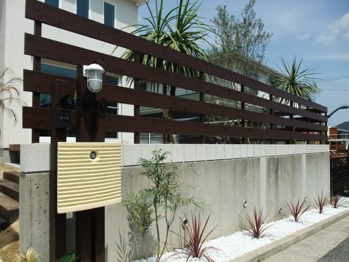 植栽・アルミ板塀で魅せる南国風外構 川西市 M様邸5